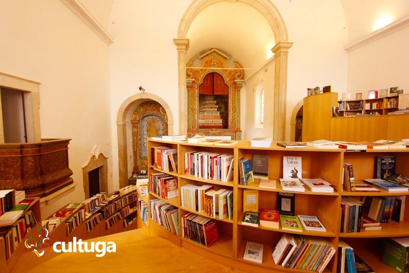 O que fazer em Óbidos: livraria santiago