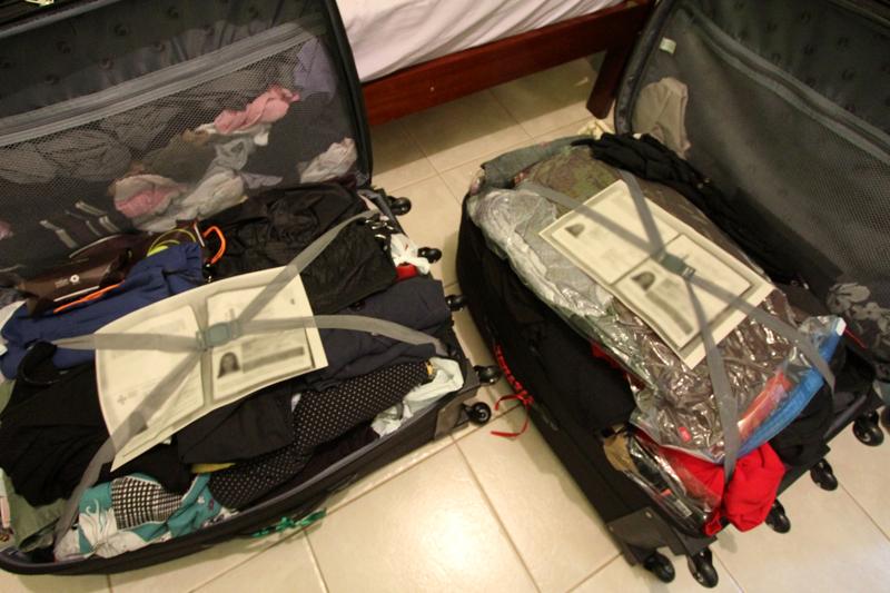 Não esqueça de colocar uma cópia do seu passaporte dentro de cada uma das malas - foto: Priscila Roque/ Cultuga