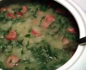 Aprenda a receita de Caldo Verde português