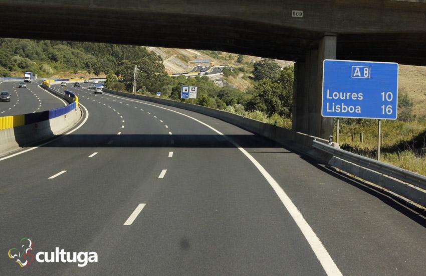 Estrada boa para viajar de carro em Portugal