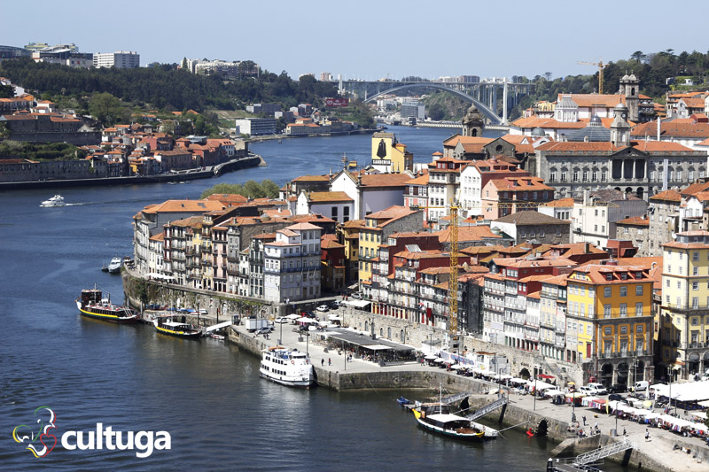 Vista incrível a partir da Ponte Dom Luís I