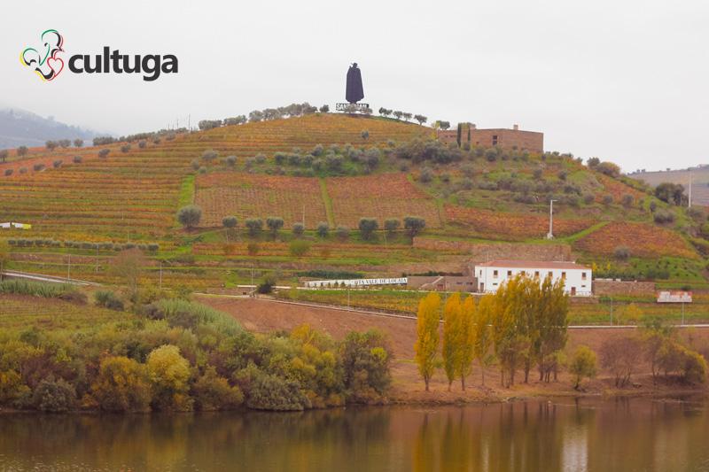 paisagem_alto_douro_vinhateiro_vinicolas_vinho_do_porto