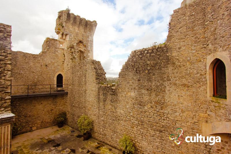 castelo_de_porto_de_mos_castelo_medieval_em_portugal_14