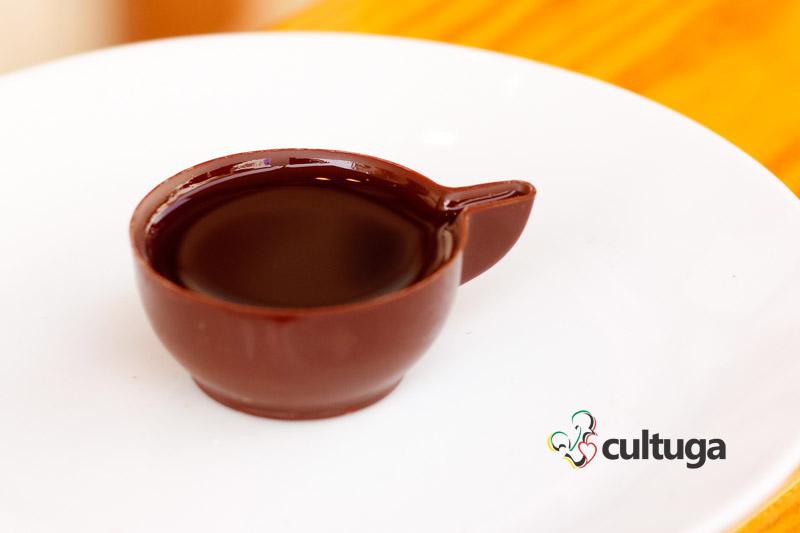 vila_de_obidos_ginjinha_no_copo_de_chocolate