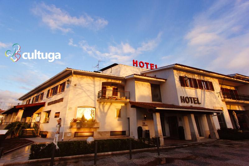 hotel_na_batalha_quatro_estrelas_mosteiro_da_batalha_portugal_hotel_perto_de_fatima_1