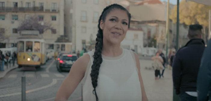Raquel Tavares dá uma volta por Lisboa com seu Fado