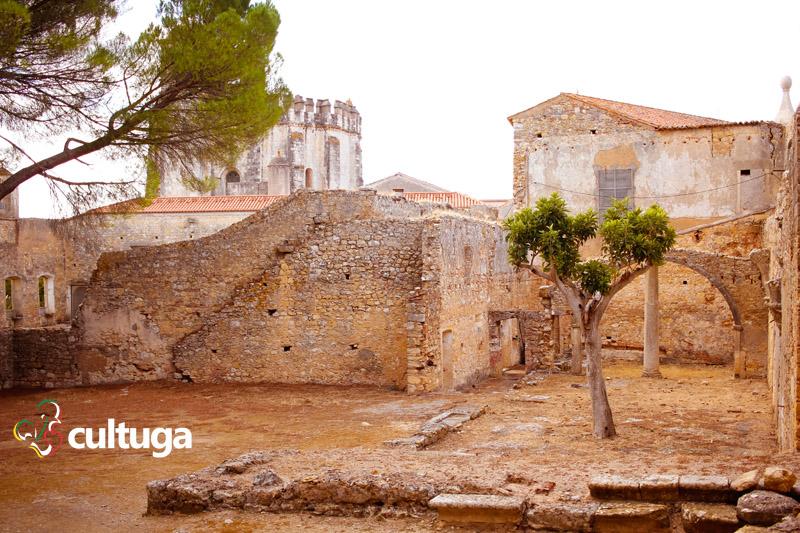 Área interior do Castelo Templário, que tivemos o privilégio de conhecer