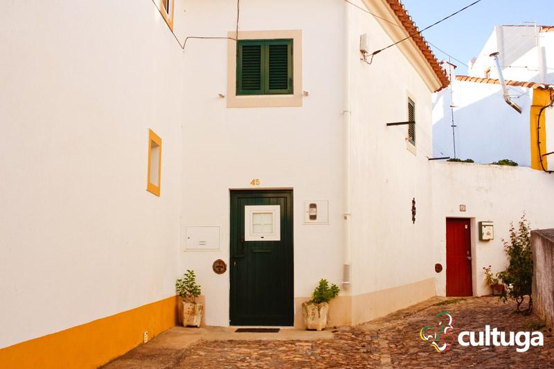 Castelo de Vide: ruas da Sintra do Alentejo - Portugal