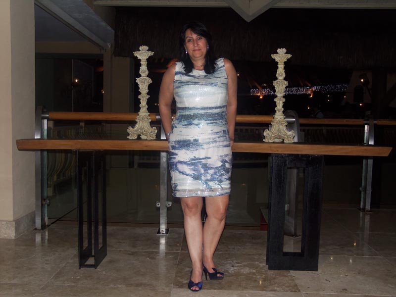 A leitora Maria Cristina, neta dos senhores da foto, que abre esse post