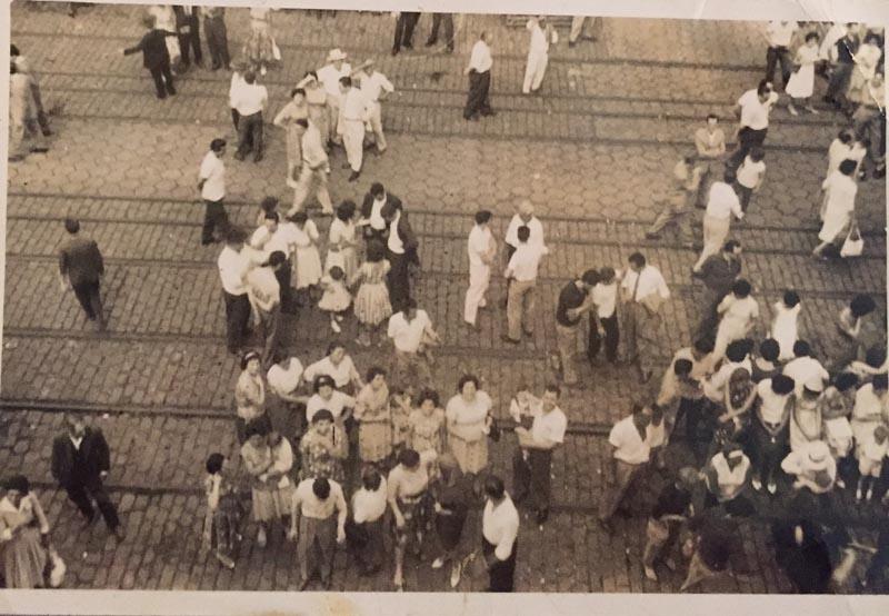Visão do cais do porto a partir do convés do navio, em 1962