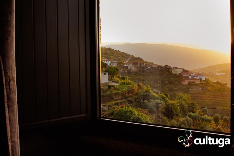 onde-dormir-vale-do-douro-outono-casa-do-romezal-5