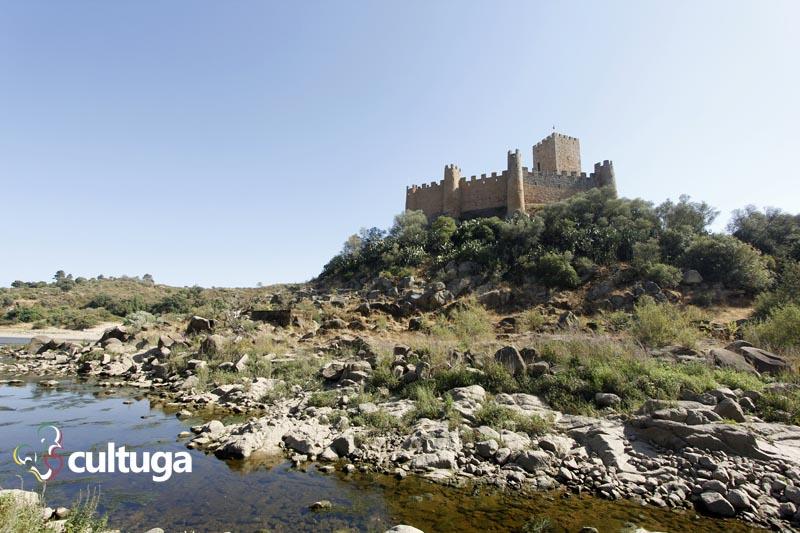 Castelos em Portugal: Castelo de Almourol