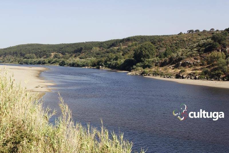 Castelos em Portugal: rio Tejo no Castelo de Almourol