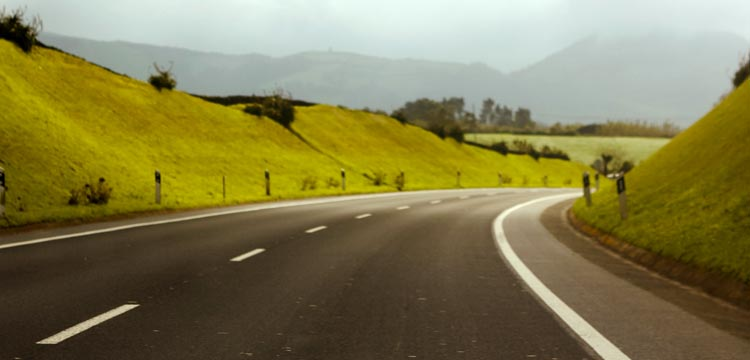 Resultado de imagem para estrada