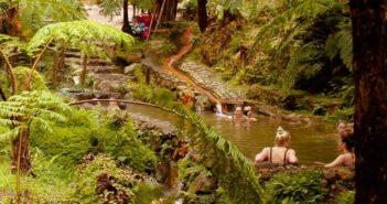 Termas: onde tomar banhos quentes nos açores