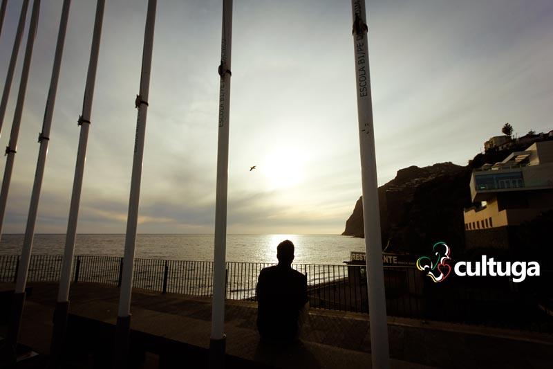 Pôr-do-sol na Câmara de Lobos, na Ilha da Madeira - Portugal
