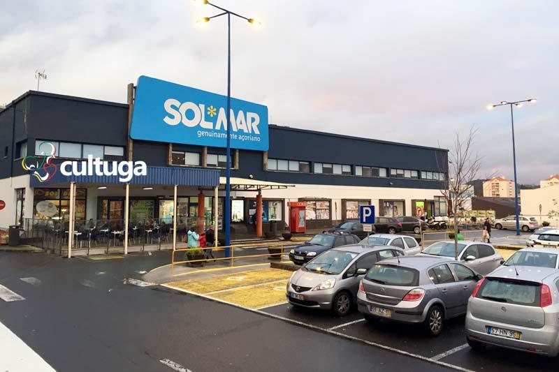 Onde comprar produtos típicos dos Açores: supermercado SolMar