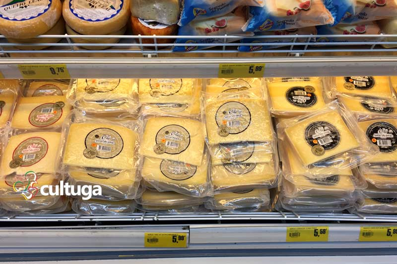 Produto típico dos Açores: queijo da Ilha