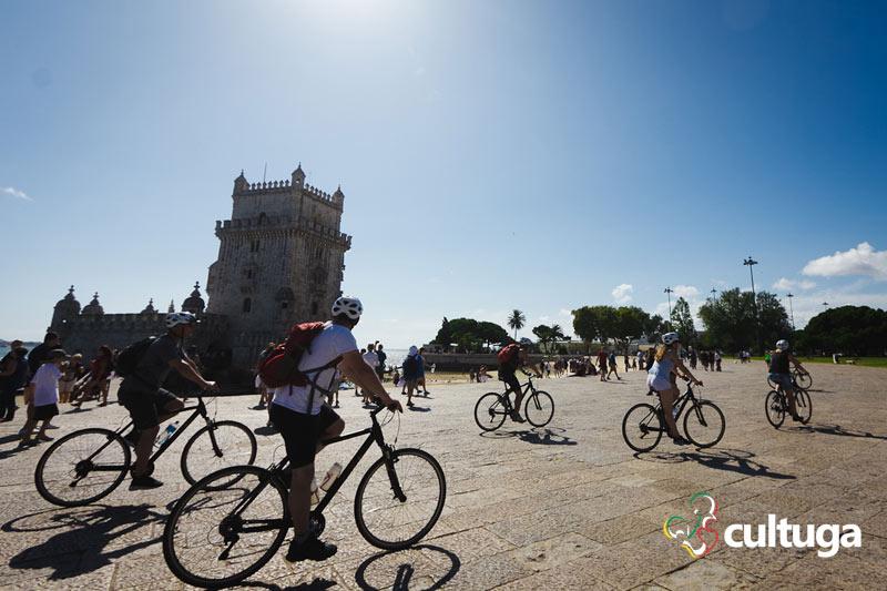 O que fazer em Lisboa: andar de bicicleta em Belém