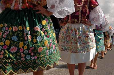 Mulheres sete saias de Nazaré Portugal