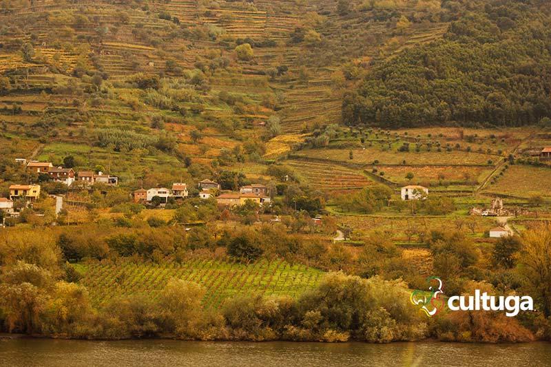 Viagem de trem pelo rio Douro, Portugal
