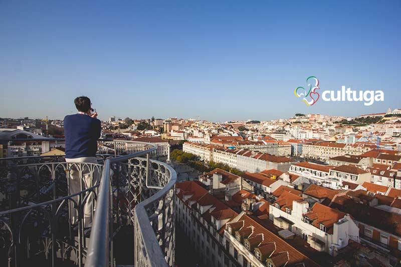 Miradouro do Elevador de Santa Justa - Lisboa, Portugal