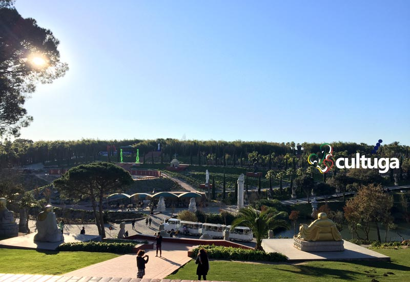 Jardim Bacalhôa Buddha Eden