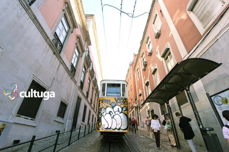 Ascensor da Glória, em Lisboa