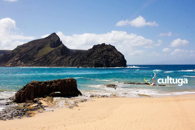 Praia na Ilha do Porto Santo, Madeira
