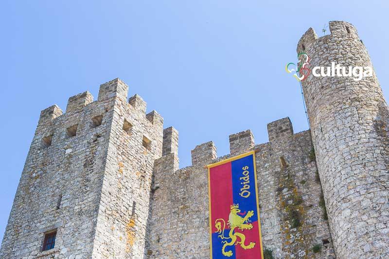 Castelo de Óbidos decorado para o Mercado Medieval