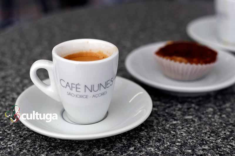 Café na Fajã dos Vimes, Ilha de São Jorge, Açores