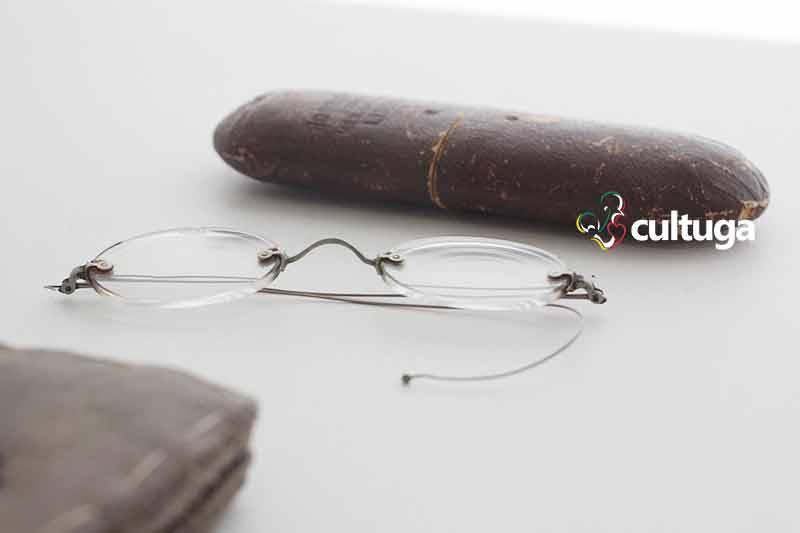 Óculos de Fernando Pessoa