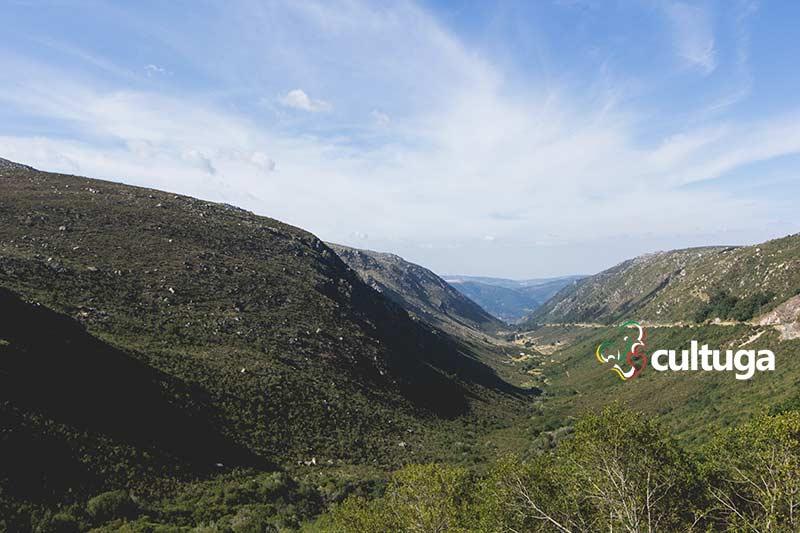 Vale do Zêzere na Serra da Estrela