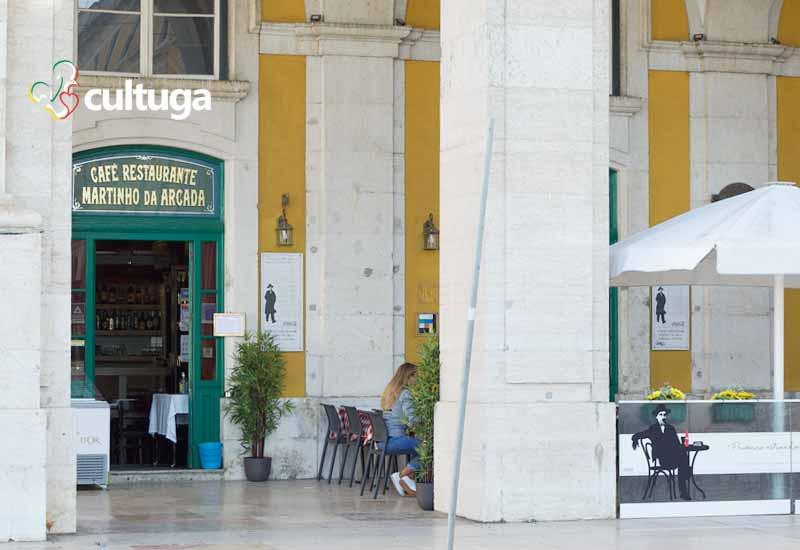 Café Martinho da Arcada na Praça do Comércio